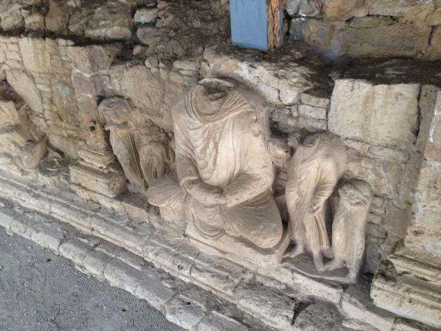 Buddha around large Mohra Moradu Stupa - Greek style